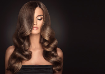 Get Glowy And Airy Hair By Means Of A Special Technique